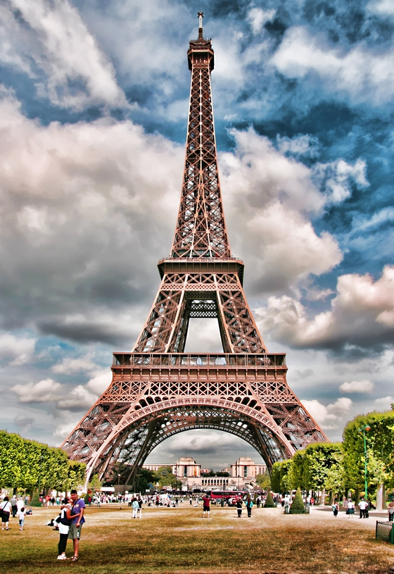 Probably The Most Recognized Landmark In Paris Is World Famous Eiffel Tower Image By Freeimages