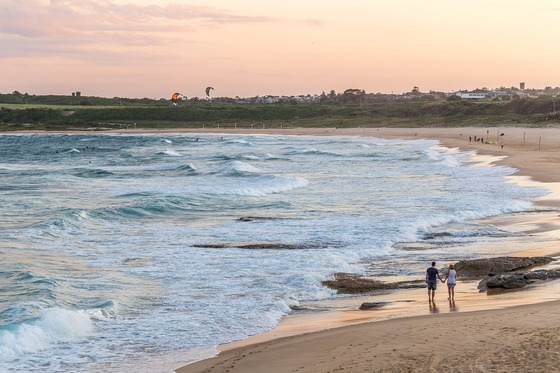 Sunset walk at Sydney's Maroubra beach